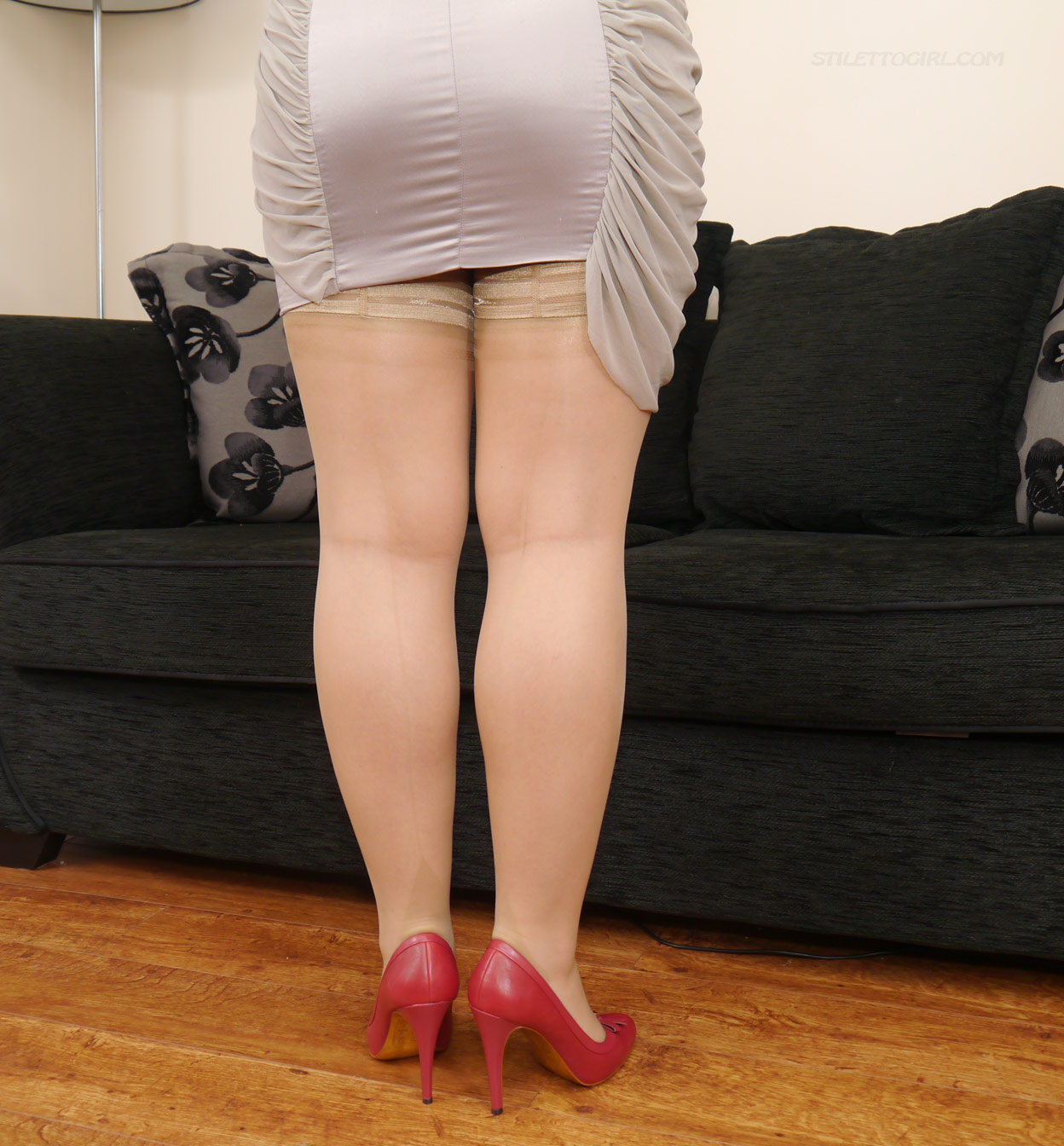 Bowed to her red nyloned legs licking her shoes 5